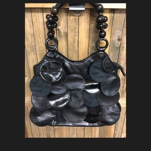 Bags - Black bead handle leather circled hand bag purse